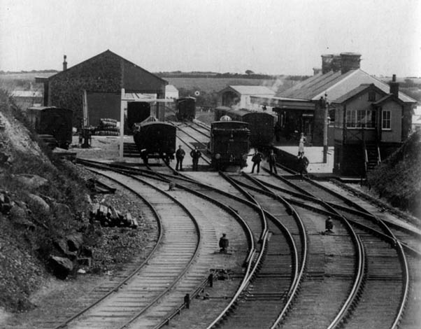 helstonstationturnofcentury_small